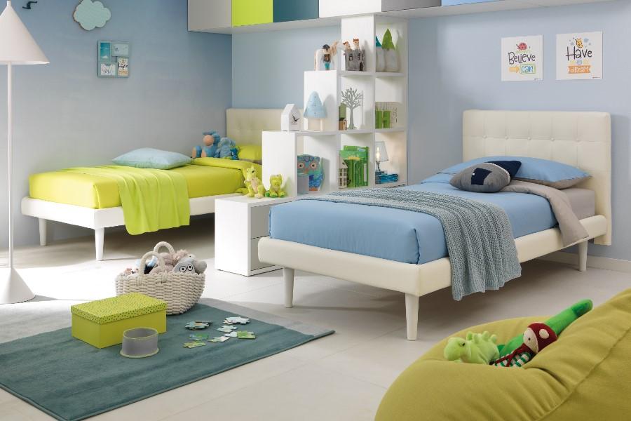 Come rinnovare la cameretta per bambini all'insegna del risparmio e della semplicità? letti blu verde