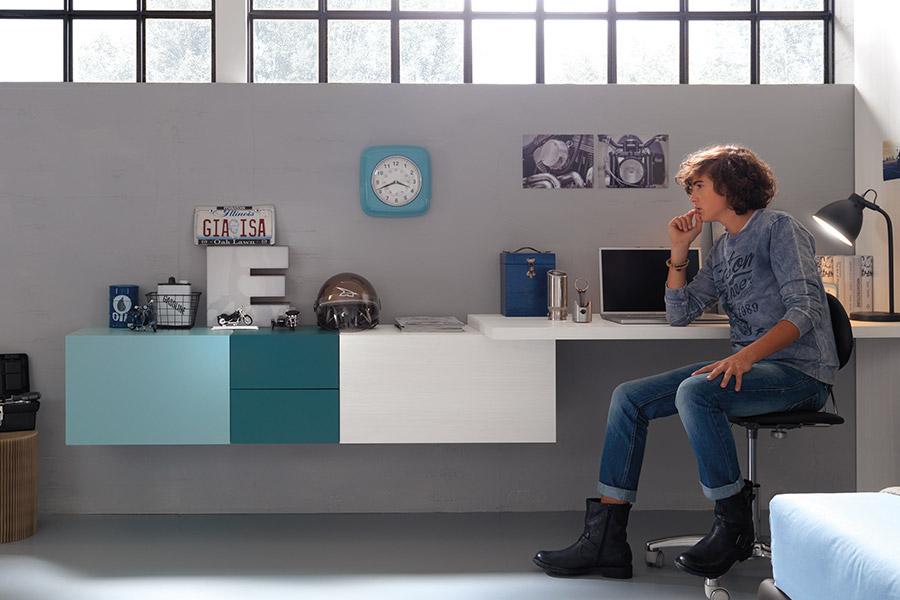 moretti-compact-angolo-studio-scrivania-muro-bianco